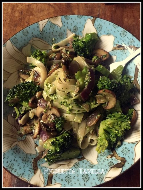 Tagliatelle funghi e broccoli 1